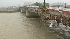 被災地に雨 10日にかけ非常に激しい雨の恐れ